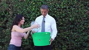 President Obama Accepts The ALS Ice Bucket Challenge - YouTube