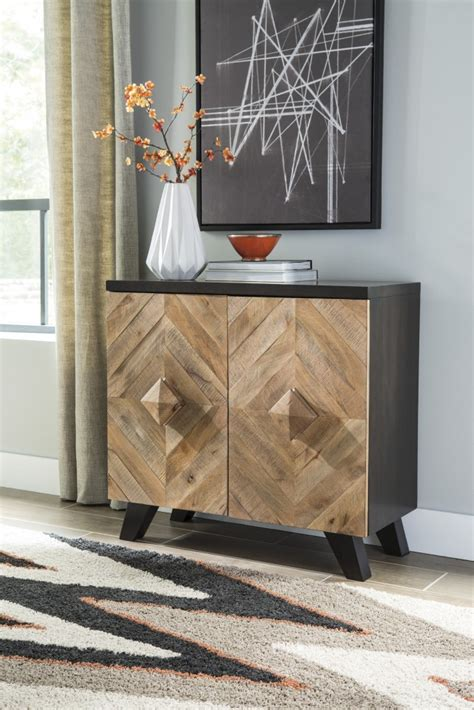 Schrank Wohnzimmer Holz by Robin Ridge Two Tone Brown Door Accent Cabinet