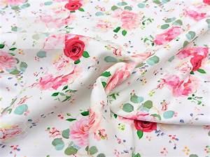 Stoff Mit Rosenmuster : sweat stoff rosen cremewei stoffe online shop clarasstoffe ~ Buech-reservation.com Haus und Dekorationen