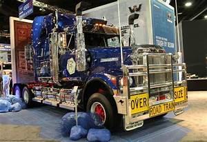 Aussie Truck Stars At Us Show