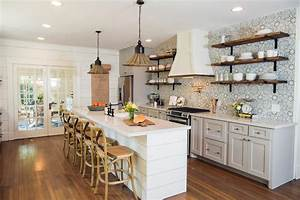 fixer upper makeover a style packed small space hgtv39s With what kind of paint to use on kitchen cabinets for déco noel papier