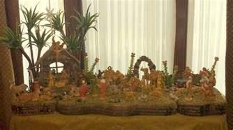 setting up a fontanini nativity display the enchanted manor