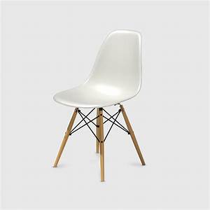 Eames Plastic Side Chair : eames moulded plastic side chair with dowel leg dsw white shell maple dowel black base ~ Bigdaddyawards.com Haus und Dekorationen