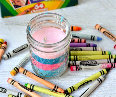 things to make for 14 things to make with crayons and crafters Diy