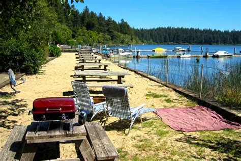 Oregon Lakes With Boat Rentals by Or Coast Rv Park Siltcoos Lake Boating Fishing Cing