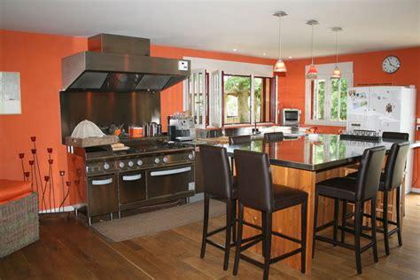 cuisine orange changement de couleurs ossature bois