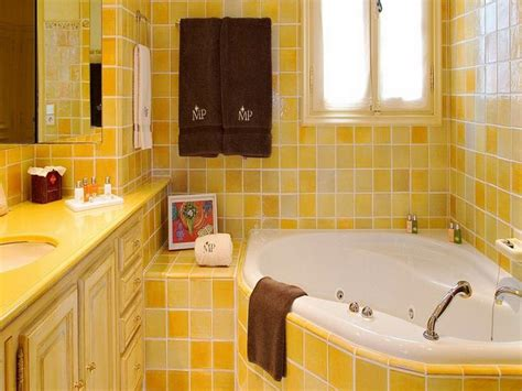 bathroom color ideas for small bathrooms bathroom yellow paint color ideas for small bathroom