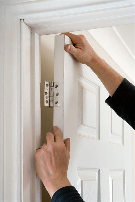 types  door hinges