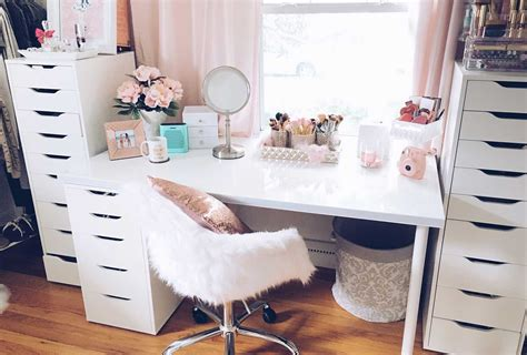 Room Ideas Set by 35 Makeup Room Ideas To Brighten Your Morning Routine