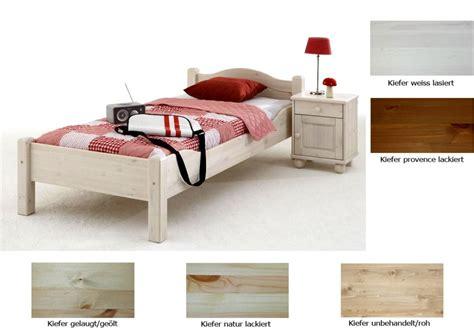 Weisse Betten 120x200