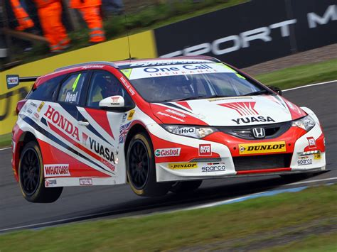 honda civic tourer btcc race racing wallpaper