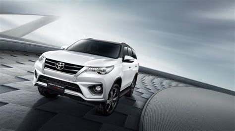 Fortuner Modif Wallpaper by Toyota Fortuner 2016 Wallpaper Hd Classycloud Co