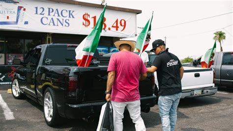 Truck clubs celebrate Mexican Independence Day at South ...