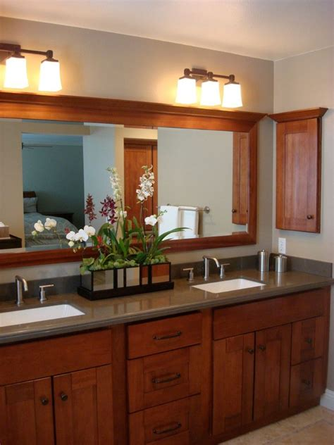 Bathroom Mirror Styles by 37 Best Images About Shaker Craftsman Bathrooms On