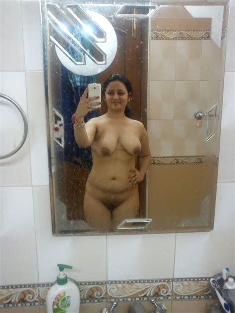 Super Hot Chubby Girl Bathroom Nude Selfie – Pakistani Sex
