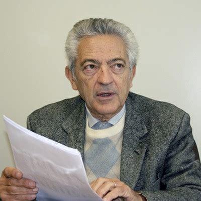Alfredo Bosi editor REA — en