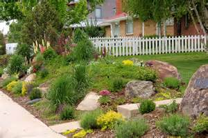 Privacy Front Yard Corner Landscaping Ideas
