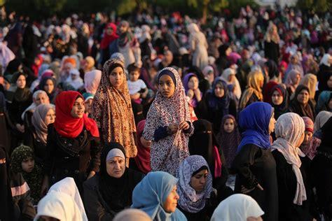 eid al fitr prayers  performed  gaza city middle