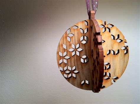 Wooden Decorations - 40 wooden decorations all about