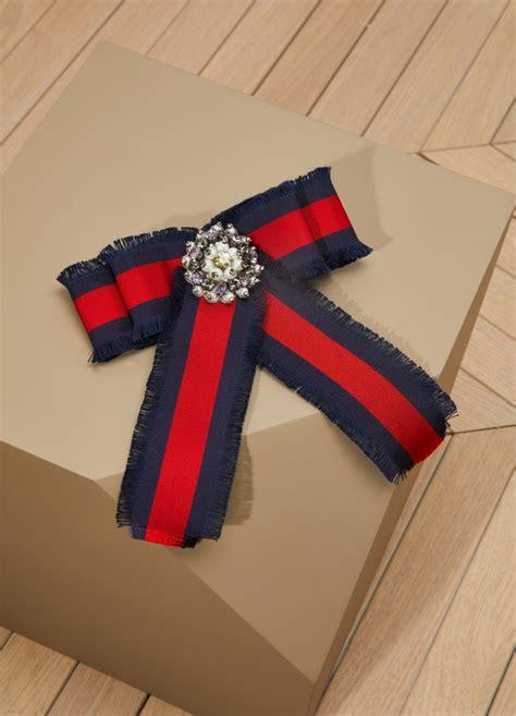 ribbon brooch gucci  sevres