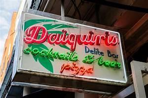 At A Glance Weekly Calendar Daiquiri Delight Shop New Orleans Nightlife Venue