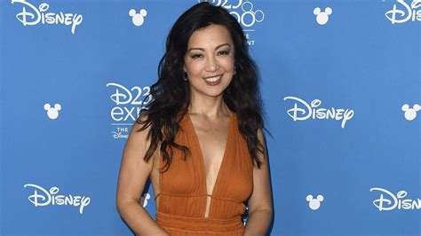 star wars tv series  mandalorian casts ming na wen