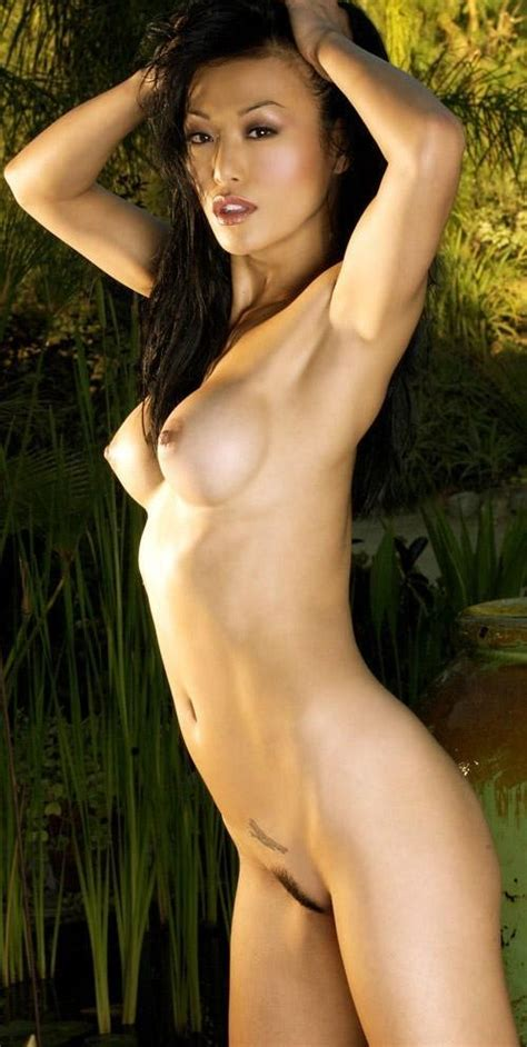 Sung-Hi Lee Korean Glamour Model With Passion – SexMenu.ORG
