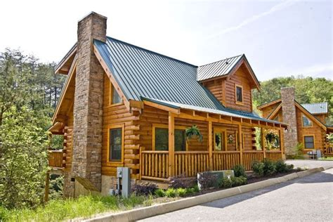 eagle ridge cabins 5 reasons to stay in our pigeon forge cabins dollywood
