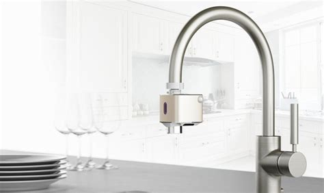 Touchless Faucet Adapter Devices : Techo 'Autowater'