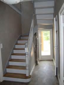 Peindre Un Escalier En Blanc by 25 Best Ideas About Peinture Escalier Bois On Pinterest