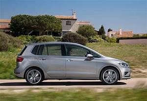 Volkswagen Golf Prix : volkswagen golf sportsvan 1 4 tsi 92kw highline bmt 2017 prix moniteur automobile ~ Gottalentnigeria.com Avis de Voitures