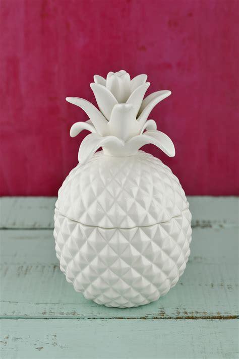 "Exquisite Bala Lidded Pineapple Jar 7.5"""