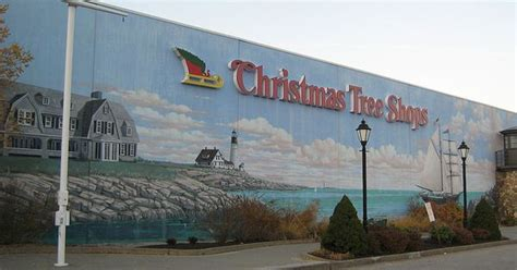 wall mural at the christmas tree shops scarborough maine