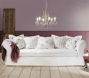 shabby chic style 55 idees pour un interieur romantique With tapis persan avec canapé cottage anglais