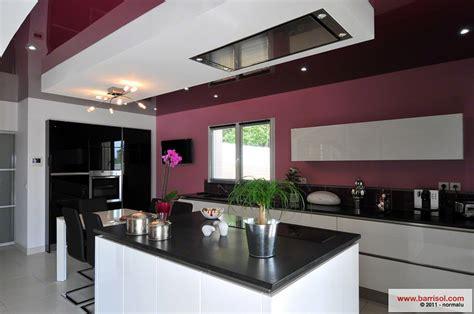 couleur plafond cuisine cuisine le plafond tendu barrisol dans votre cuisine