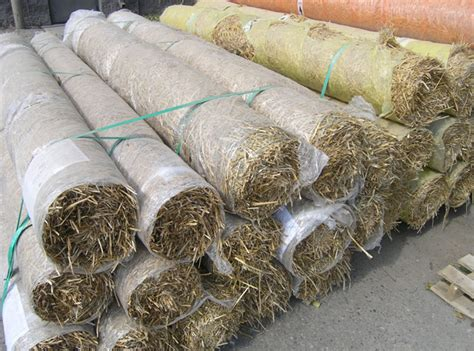 straw matting for grass seeding grass seed starter fertilizer bales of straw and lawn