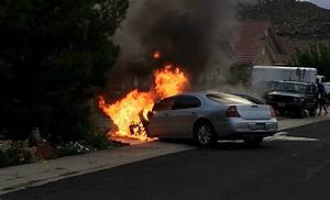 Firefighters douse vehicle fire – St George News