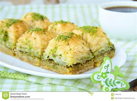 cuisine turc traditionnel dessert turc traditionnel baklava avec du miel