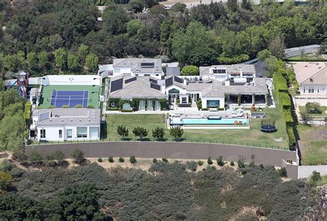 buyer house gwen stefani and gavin rossdale are selling their house