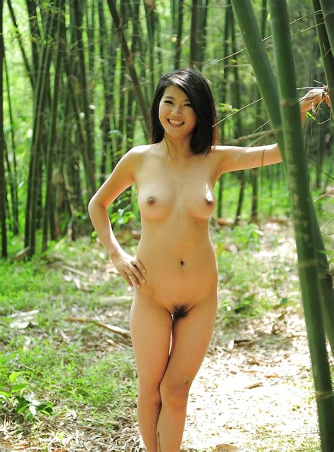 Beautiful Nude Asians Outdoors Scenes Pics Xhamster
