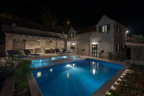 Old Stone House Villa In Murvica With Swimming Pool