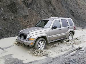2005 Jeep Liberty Crd Limited Review  U0026 Test Drive - Four Wheeler Magazine