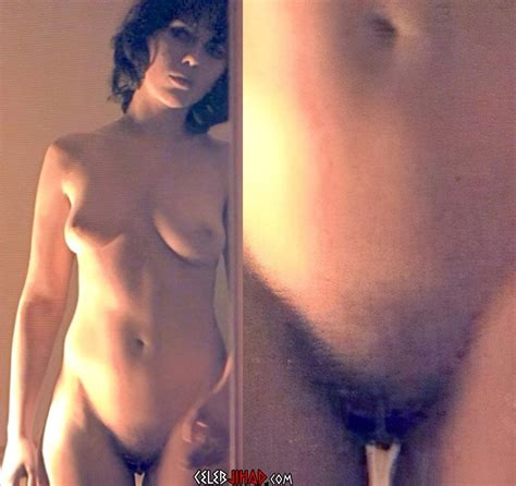 Scarlett Johansson Nude Pussy Pics Enhanced