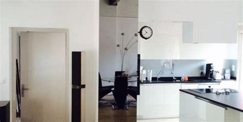 comment fixer une credence en verre 28 images rhabiller sa cuisine en plaques de verre deco