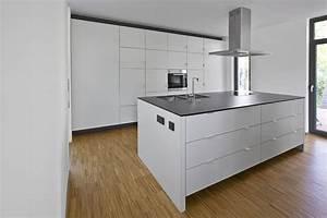 Laminat In Der Küche : laminat f r k che haus design und m bel ideen ~ Michelbontemps.com Haus und Dekorationen