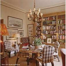 Decorating English Country Style