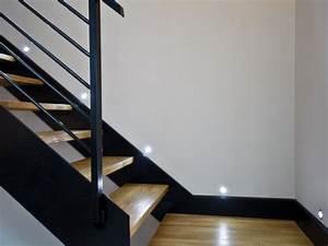Luminaire Interieur Design : escalier en bois et m tal avec luminaire design d co ~ Premium-room.com Idées de Décoration