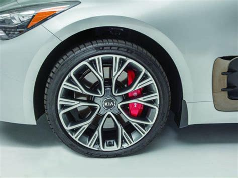 kia stinger alloy wheels