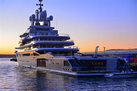 russian billionaire losing   million  metre