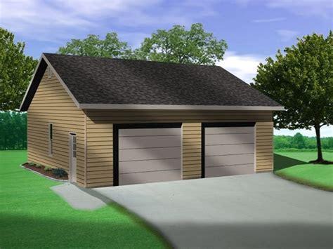 garage größe für 2 autos vaulted ceiling in this two car garage plan allows for